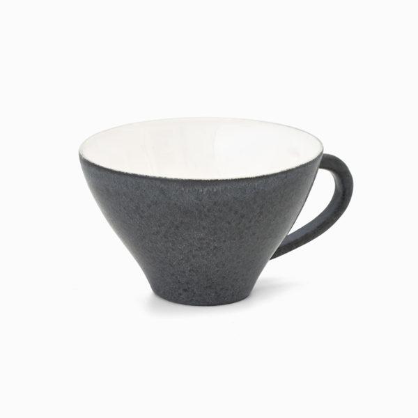 mörk kopp med öra
